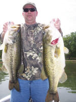 Bass fishing with Pro Guide Lance Vick