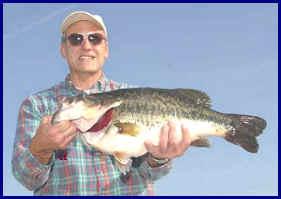 Frank Hardy a 13.32 bass