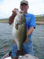 JW Peterson of J & J Guide Service caught this Lake Fork trophy weighing 13.4 lbs on June 8, 2005.